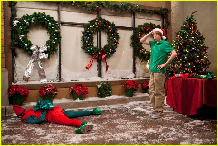 kickin it christmas nuts stills 10