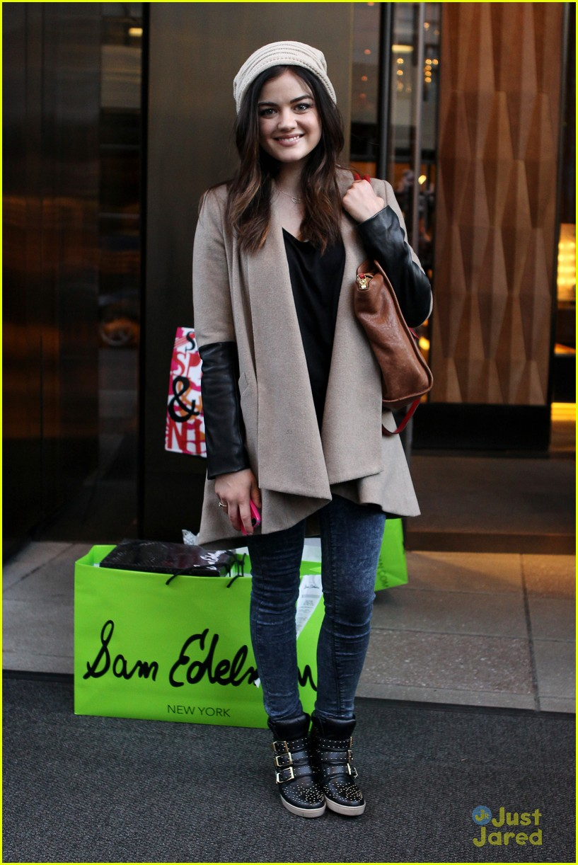 lucy hale ashley benson nyc hotel 06