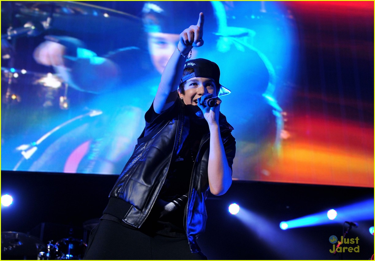 austin mahone 995 dc jingle ball 01