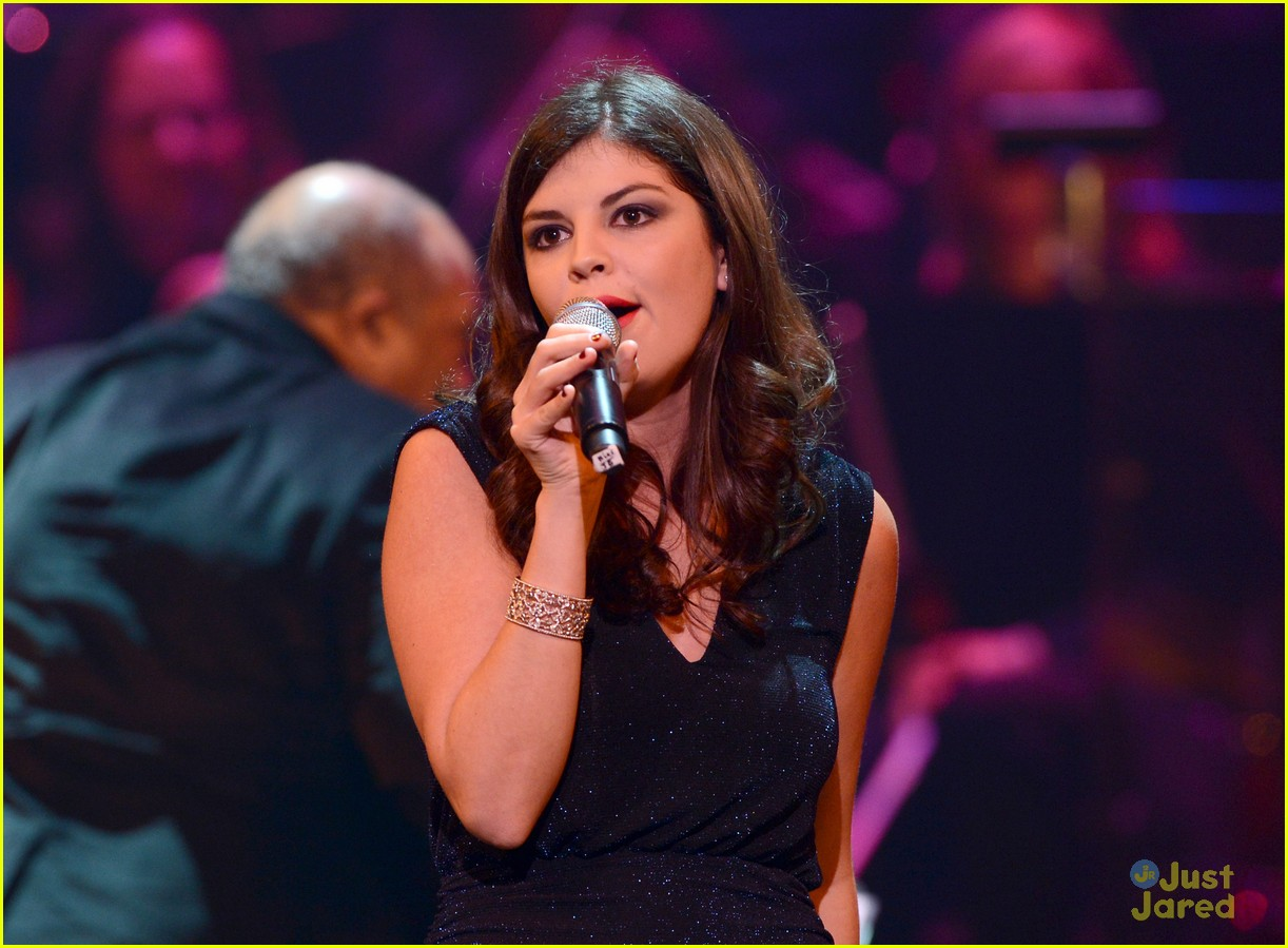 nikki yanofsky carole king tribute 06
