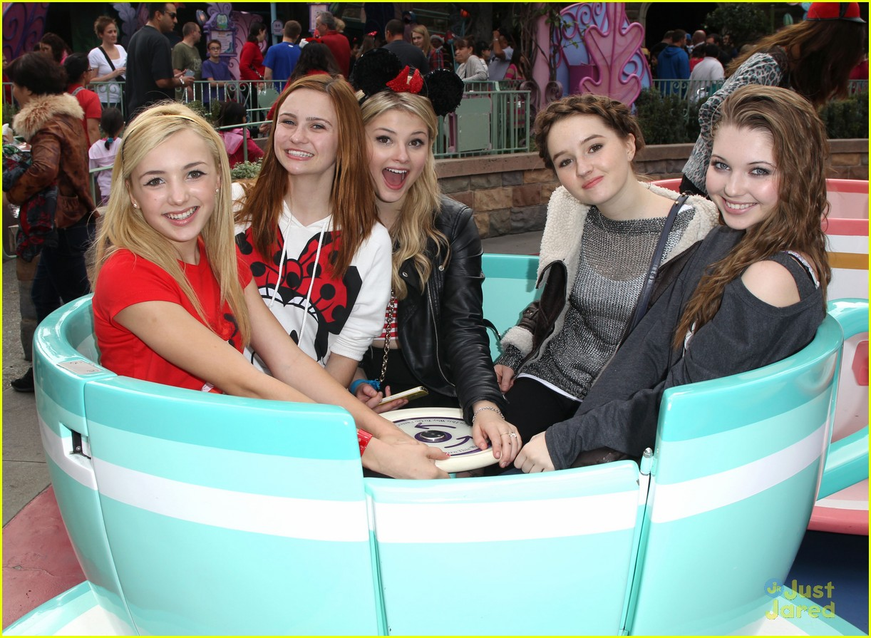 Stefanie Scott: Disneyland Birthday! | Photo 514956 ...