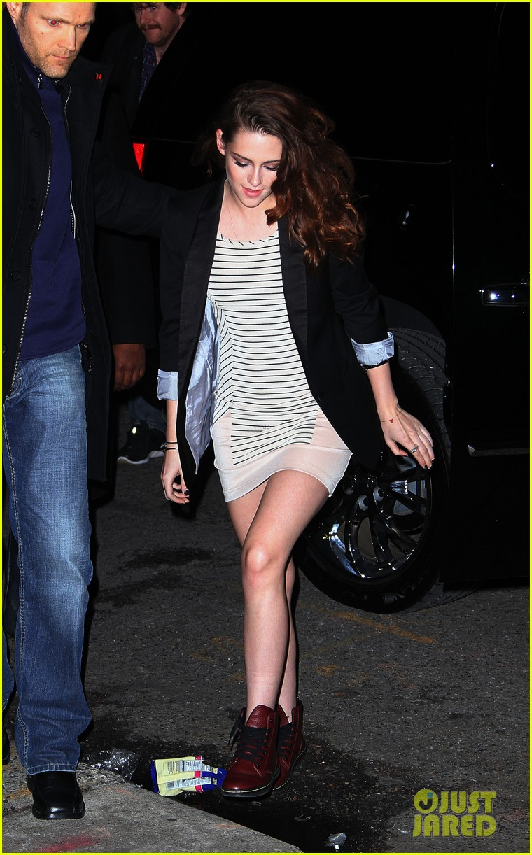 kristen stewart on the road premiere nyc 24