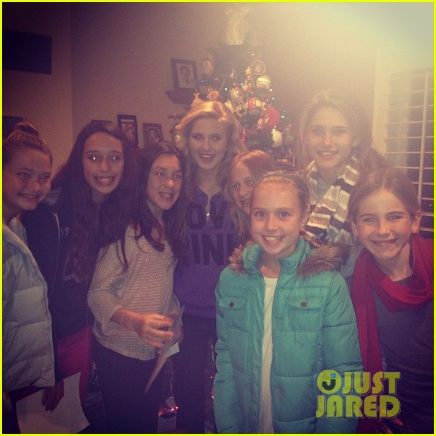 caroline sunshine and carollers