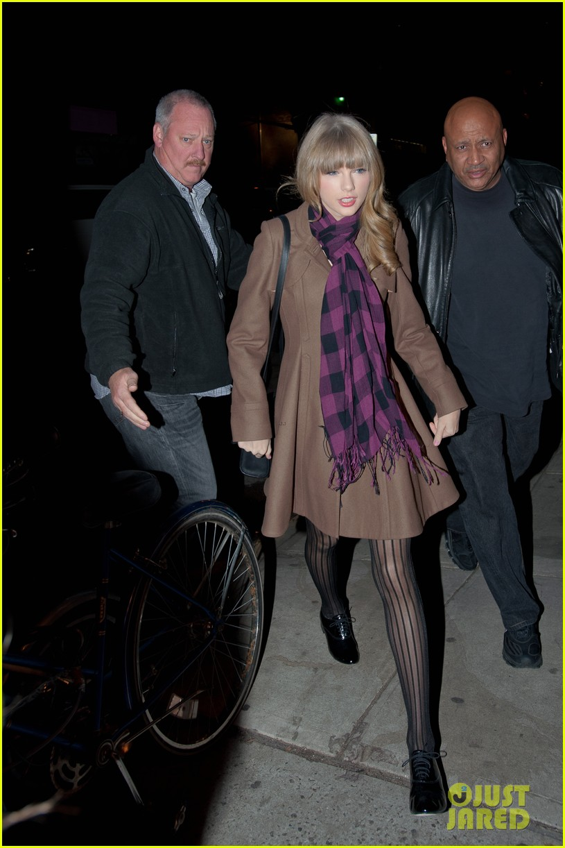 taylor swift back in nyc 11