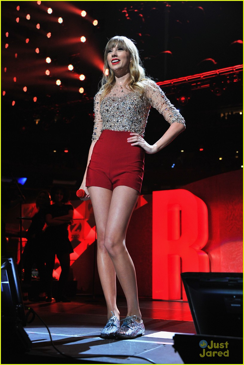 taylor swift z100 jingle ball 23