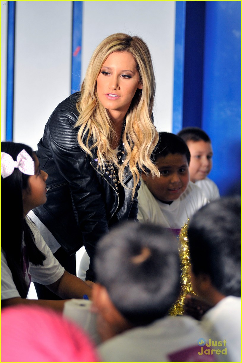ashley tisdale puma las best 24