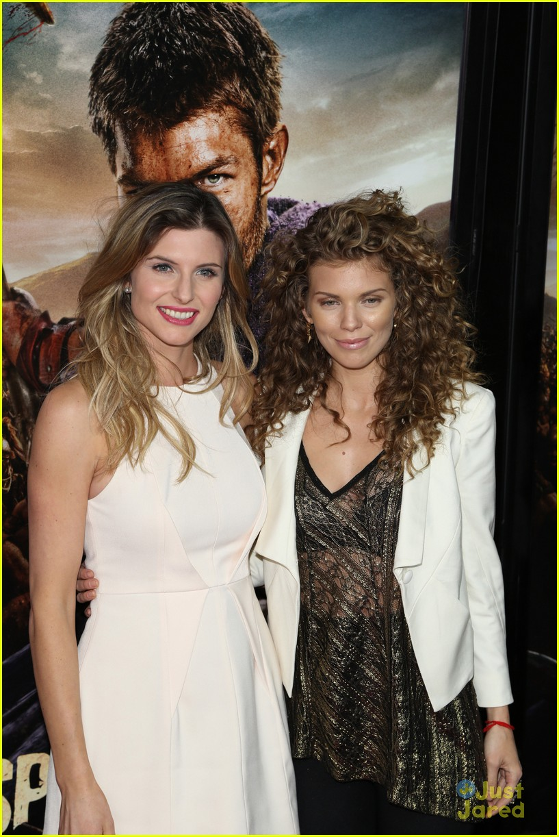 annalynne mccord spartacus premiere 14