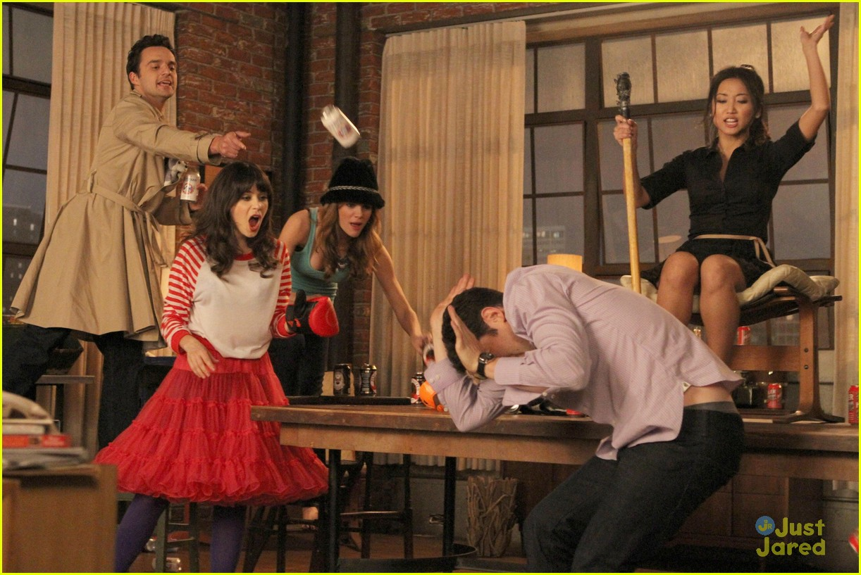 brenda song new girl first look 04