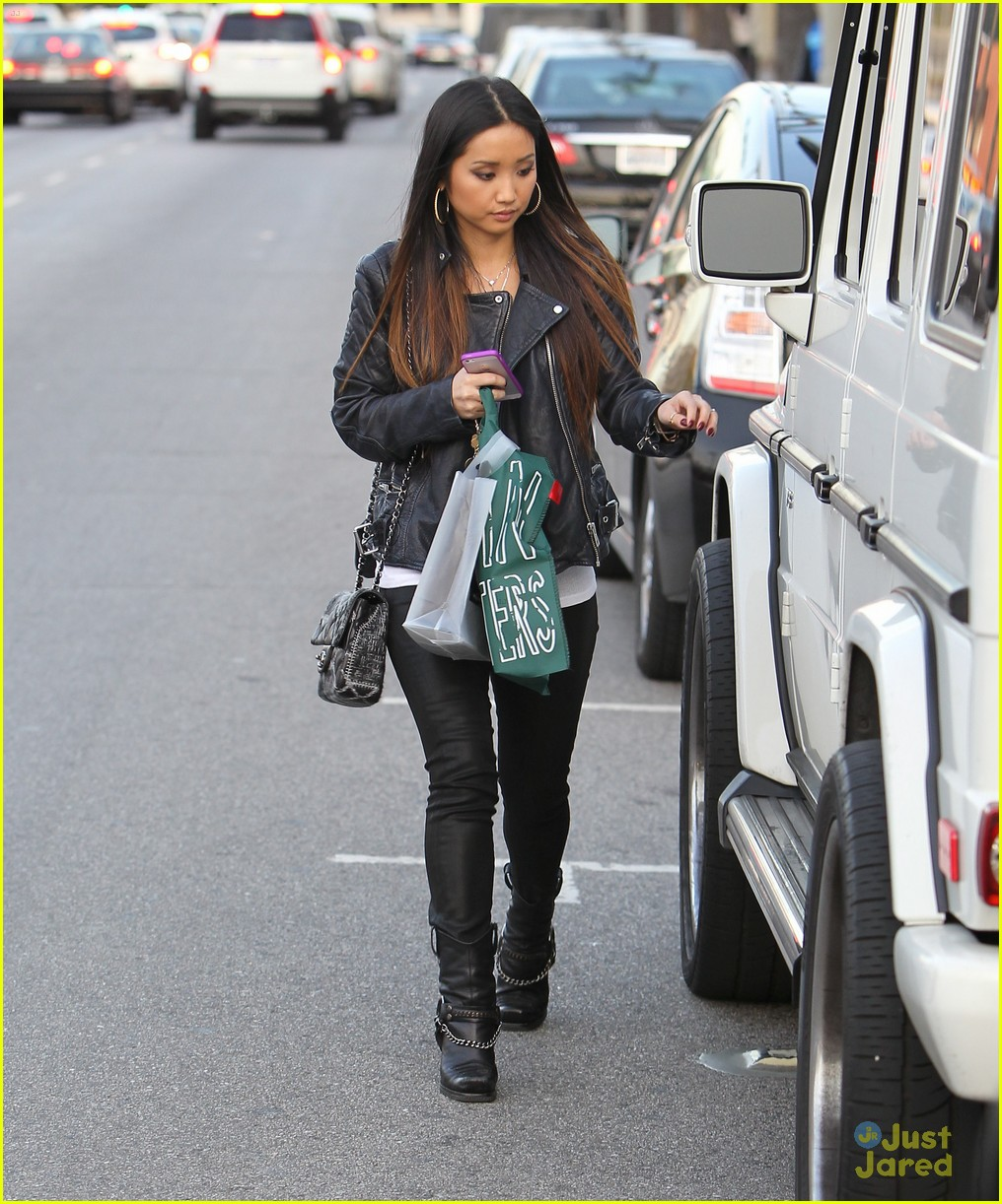 brenda song kisses trace 01