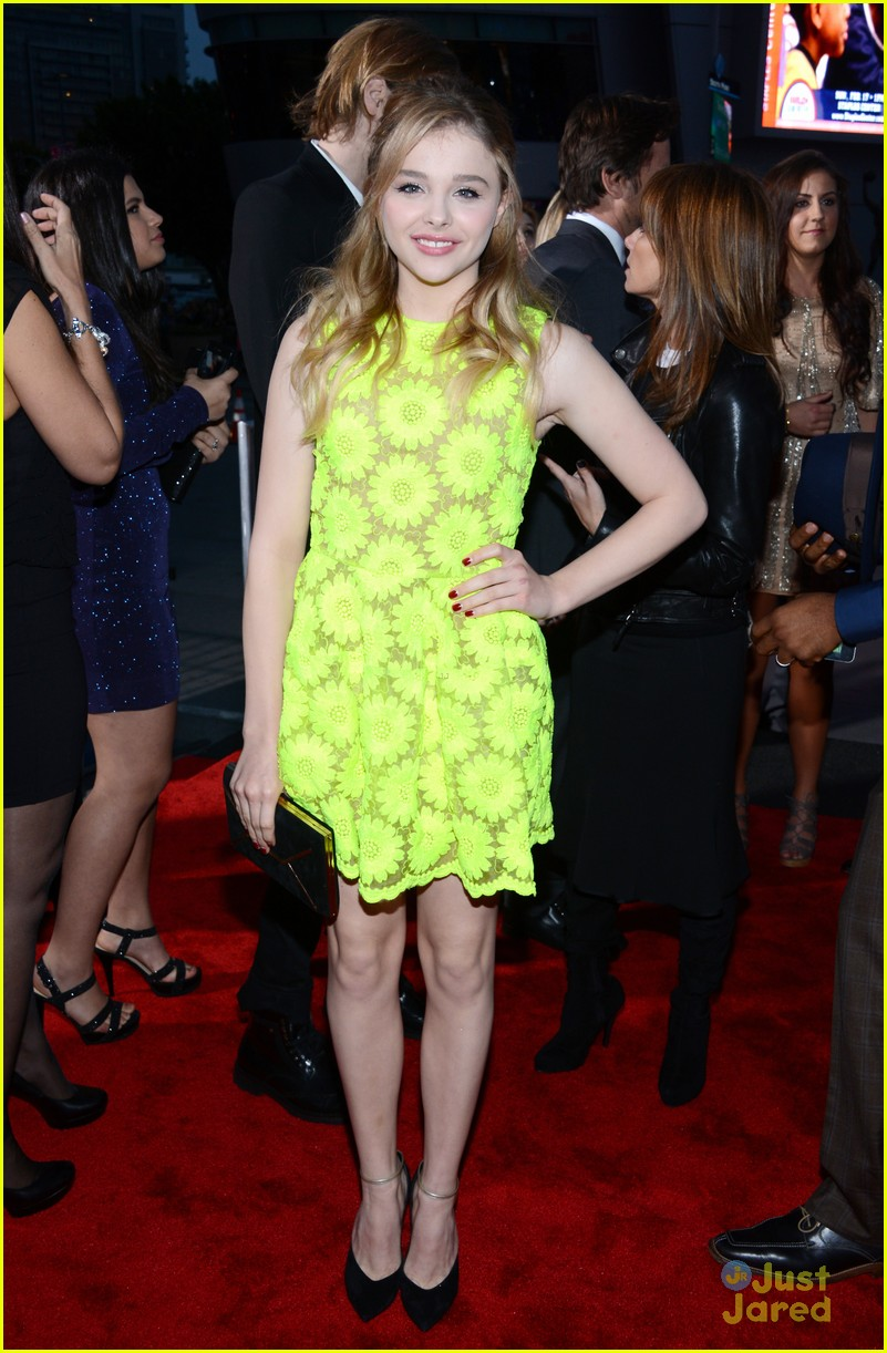 chloe moretz pca 2013 05