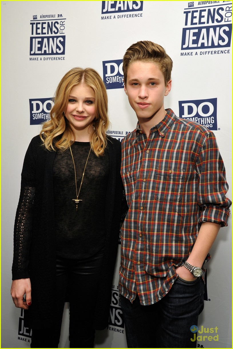 chloe moretz ryan beatty teens jeans 04
