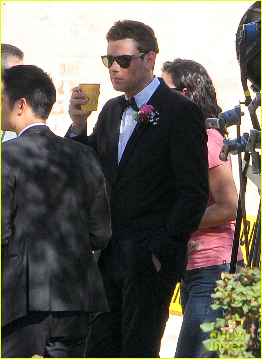 mark salling cory monteith glee set 01