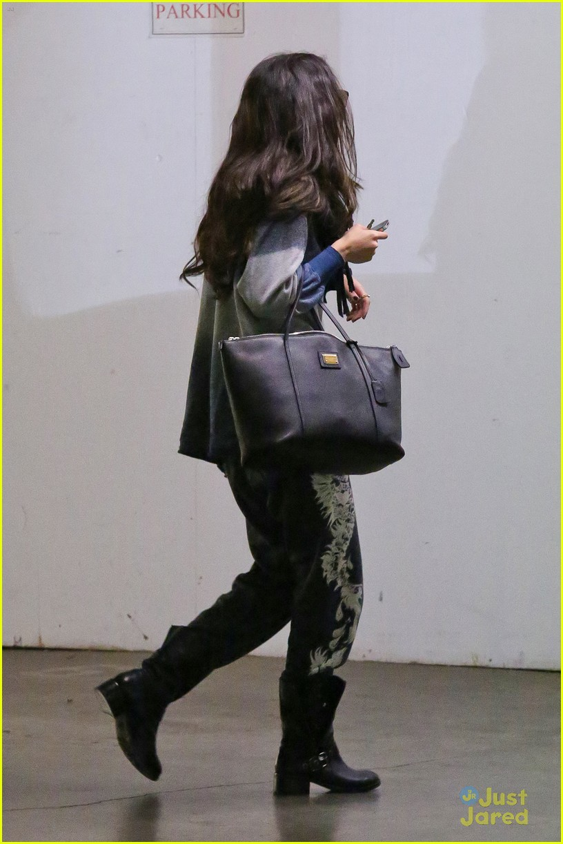 selena gomez apt hunting 03
