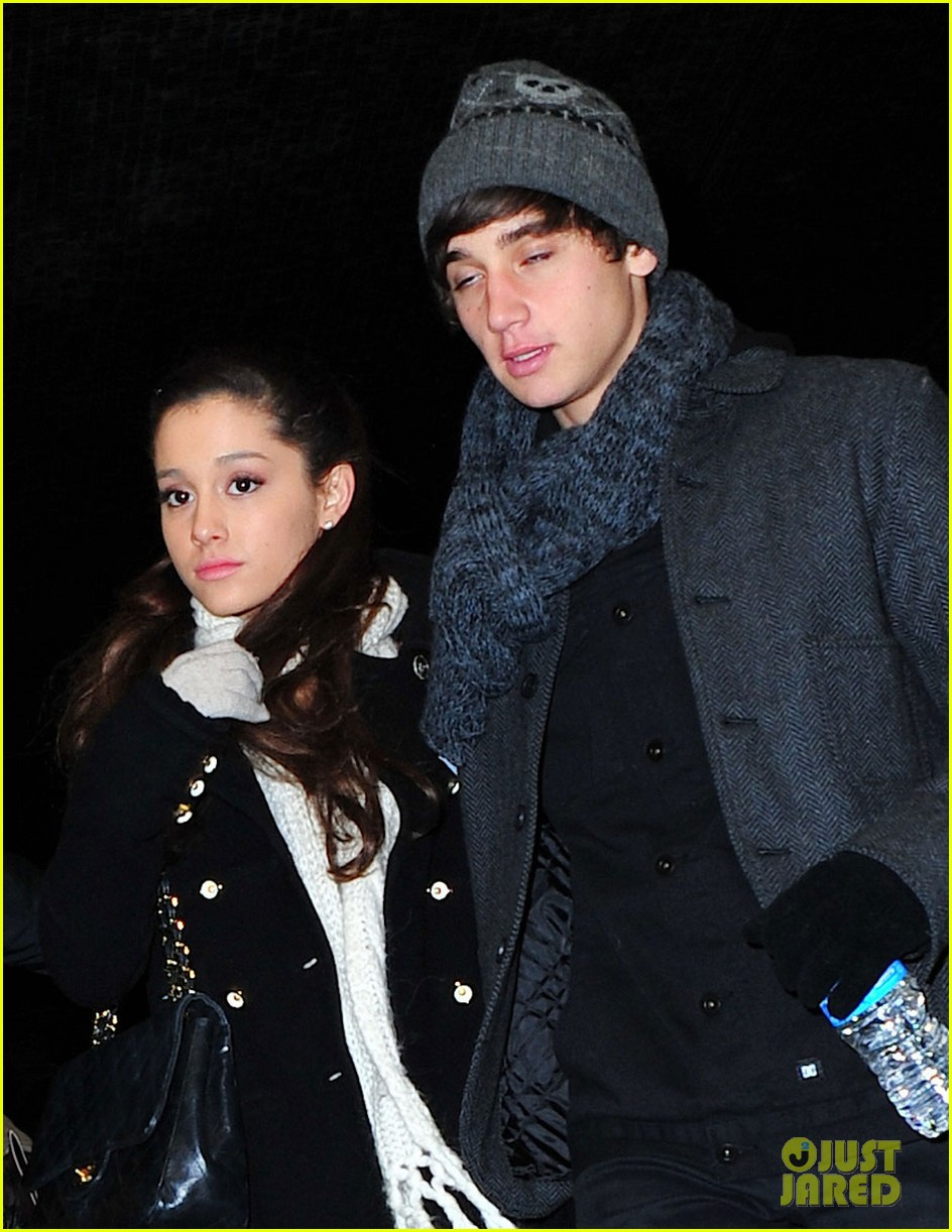 ariana grande jai brooks wicked 04