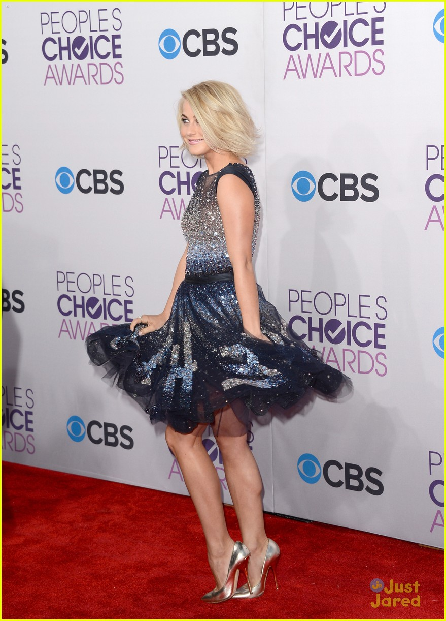 julianne hough pca 2013 10