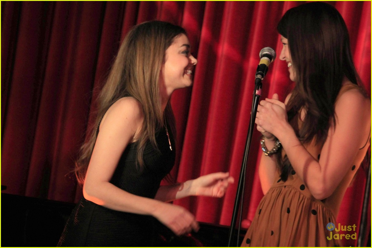sarah hyland melissa benoist freedom 02