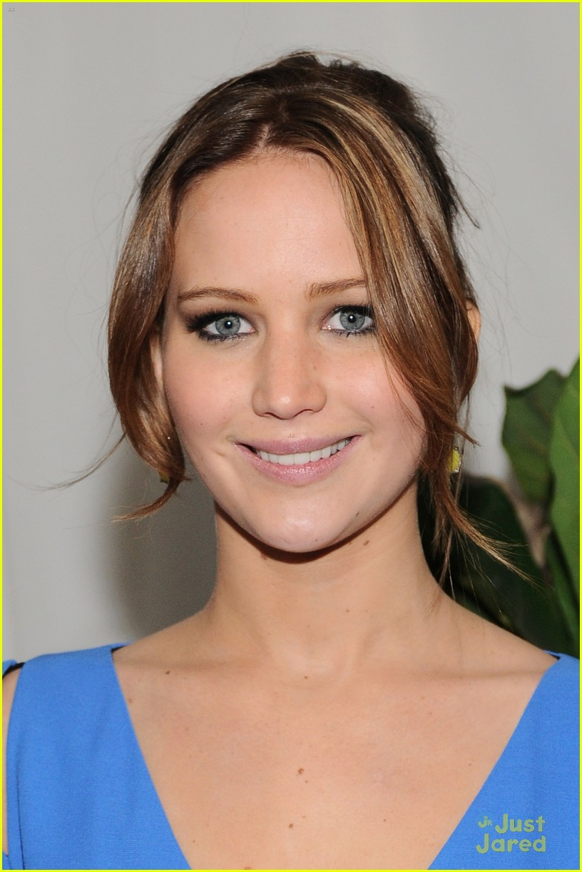 jennifer lawrence bafta wmag parties 03