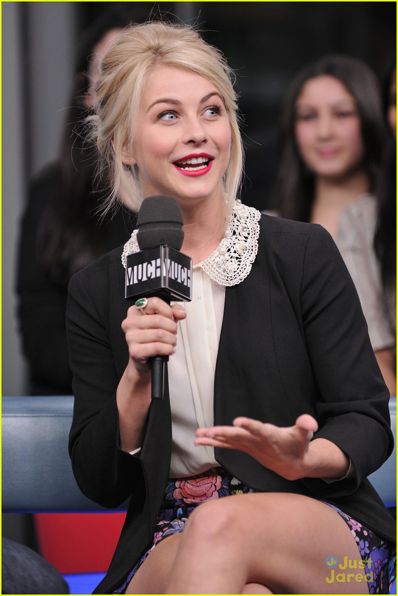julianne hough nml haven premiere 07