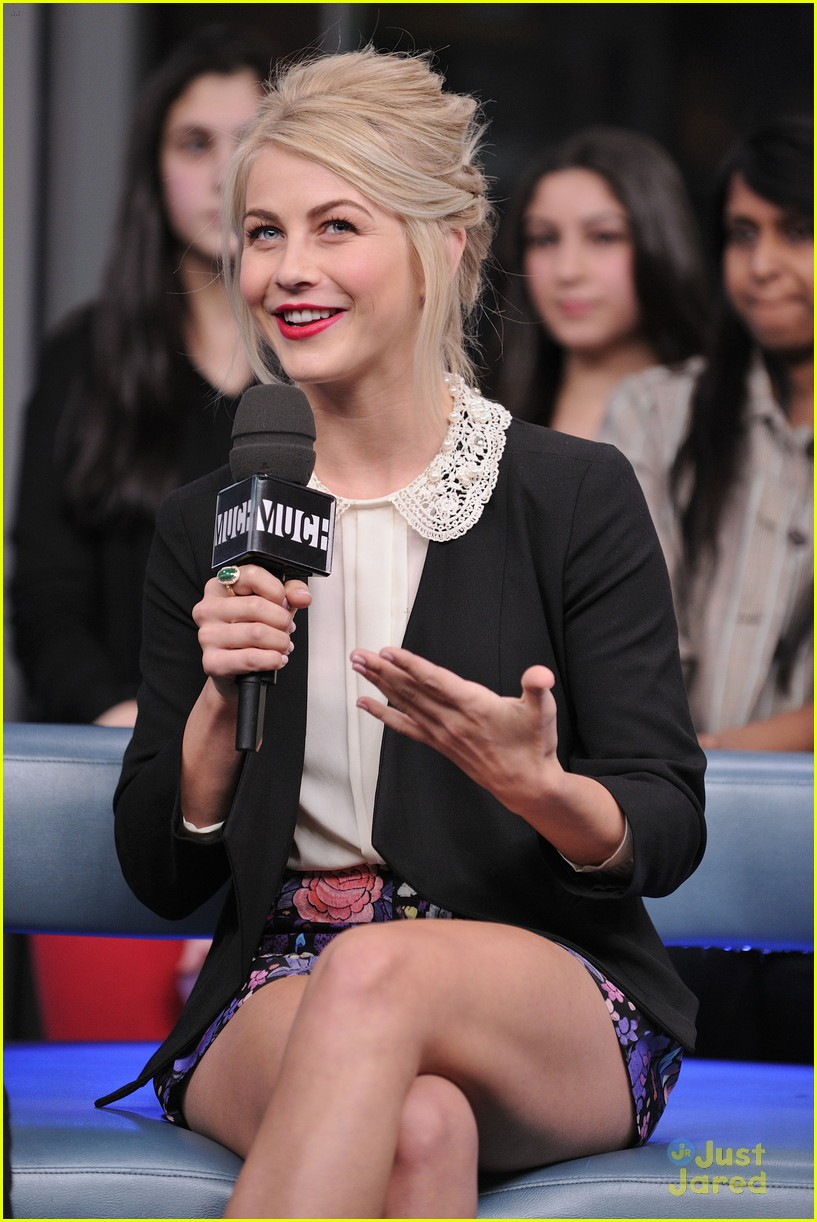 julianne hough nml haven premiere 18
