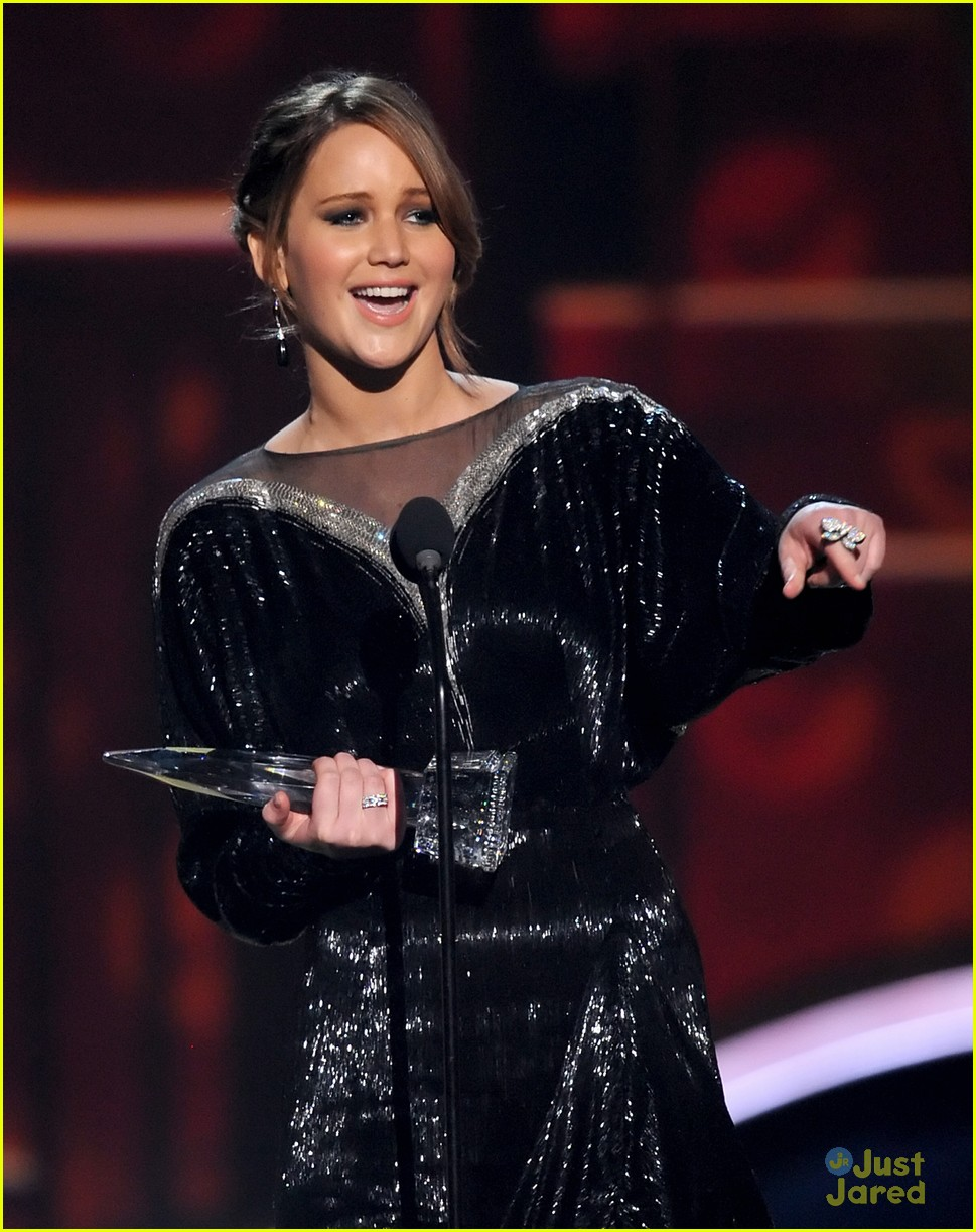 jennifer lawrence pcas 2013 01