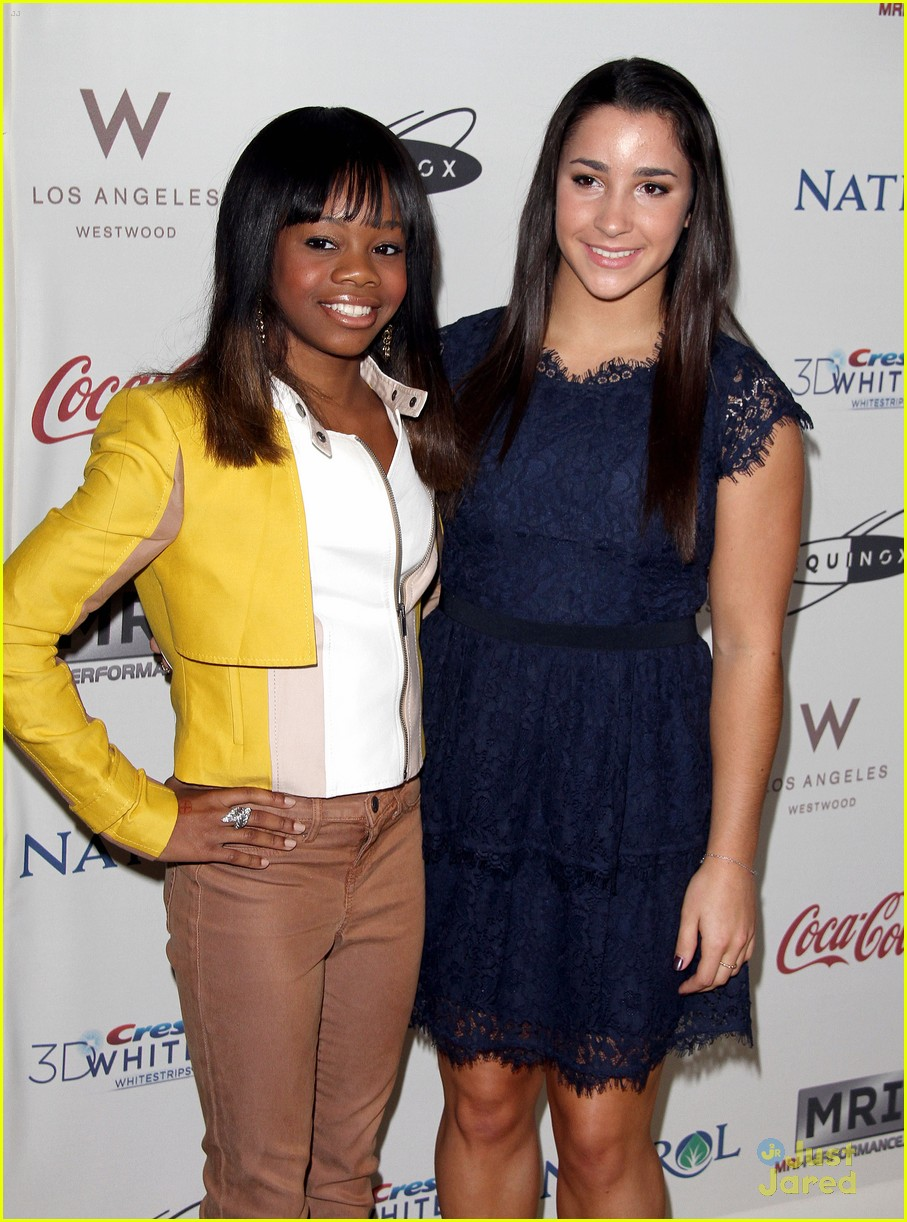 missy franklin gabby douglas aly raisman gold golden 02