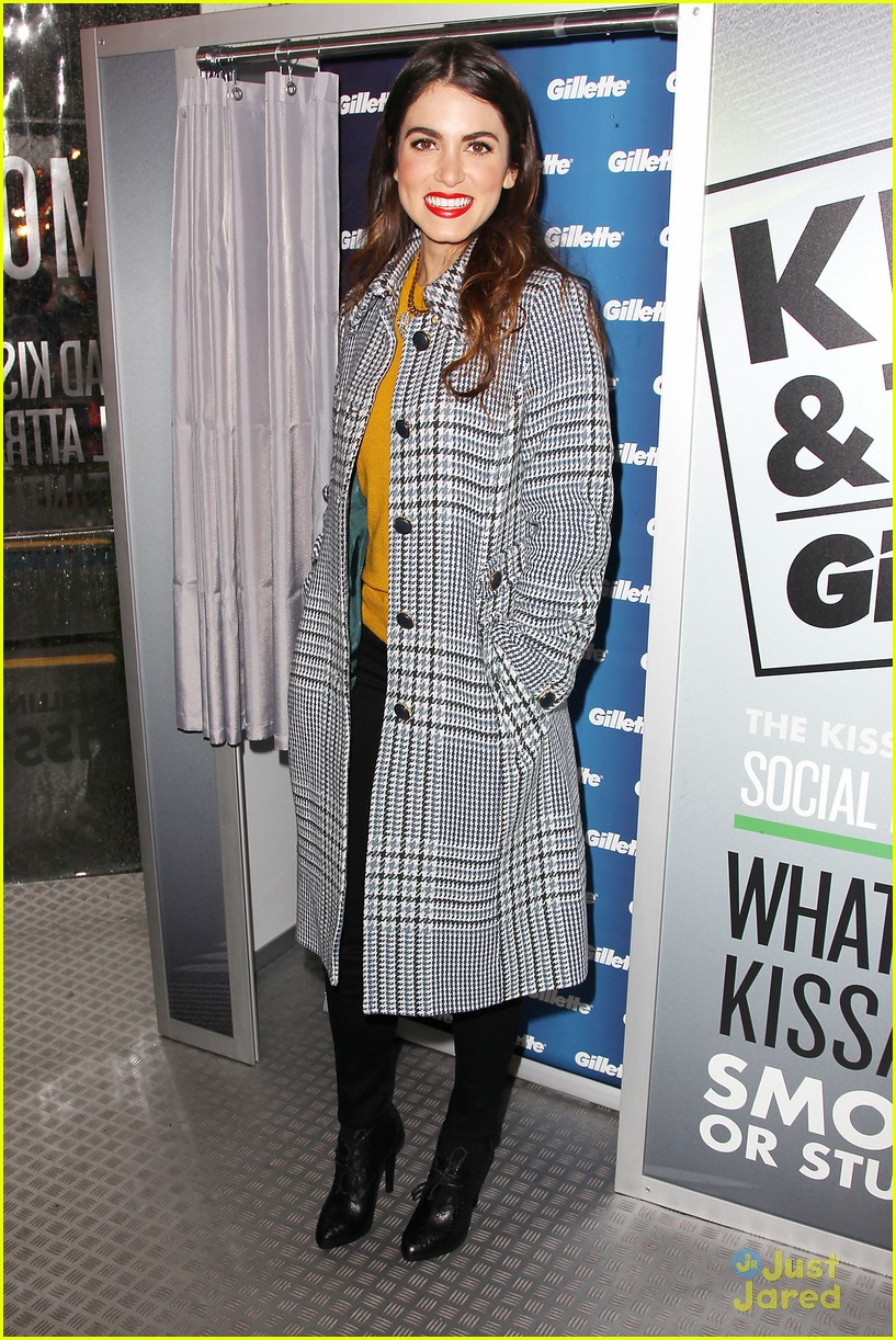 nikki reed gilette kiss tell 15