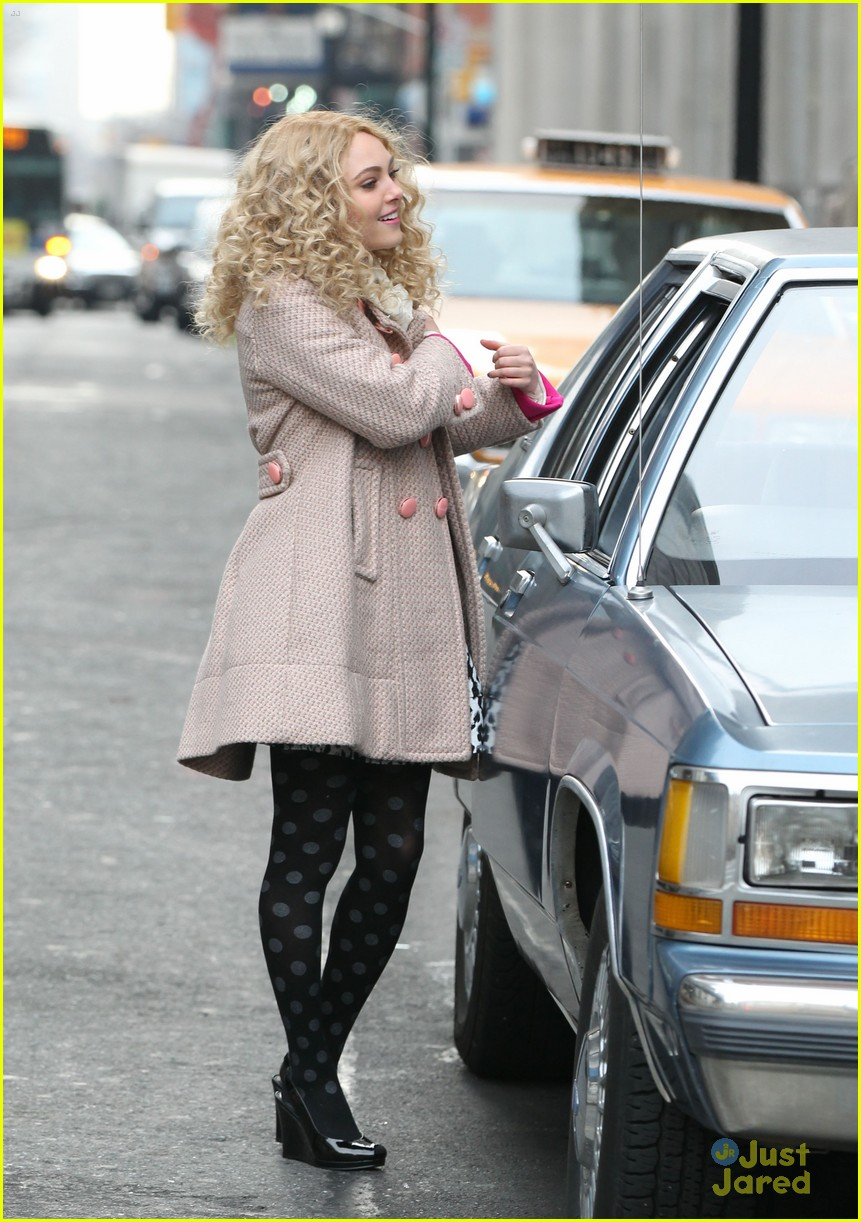 annasophia robb polka dot tights 06