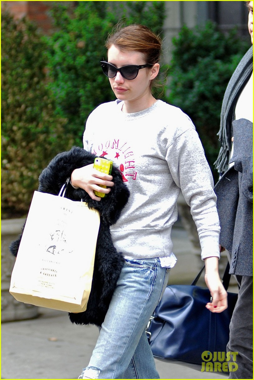 emma roberts evan peters nyc couple 05