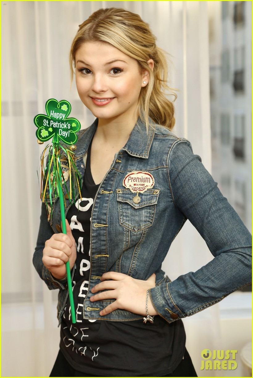 stefanie scott new york 04