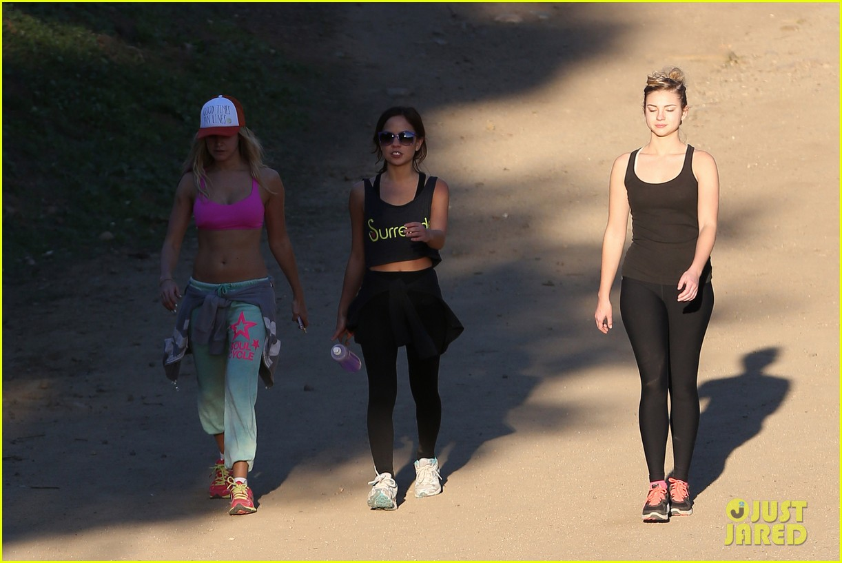 ashley tisdale allie gonino hiking buddies 33