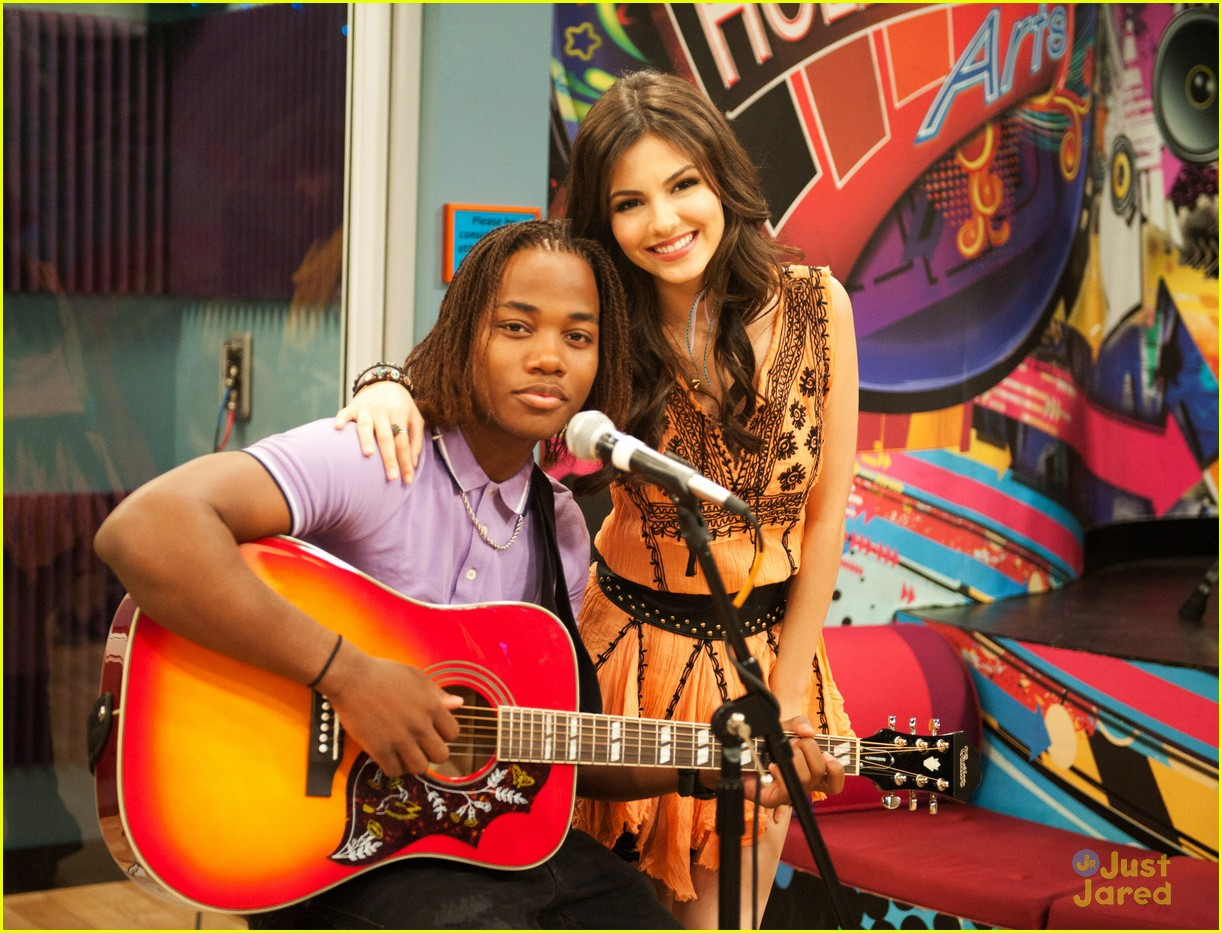 victorious bad roommate stills 02