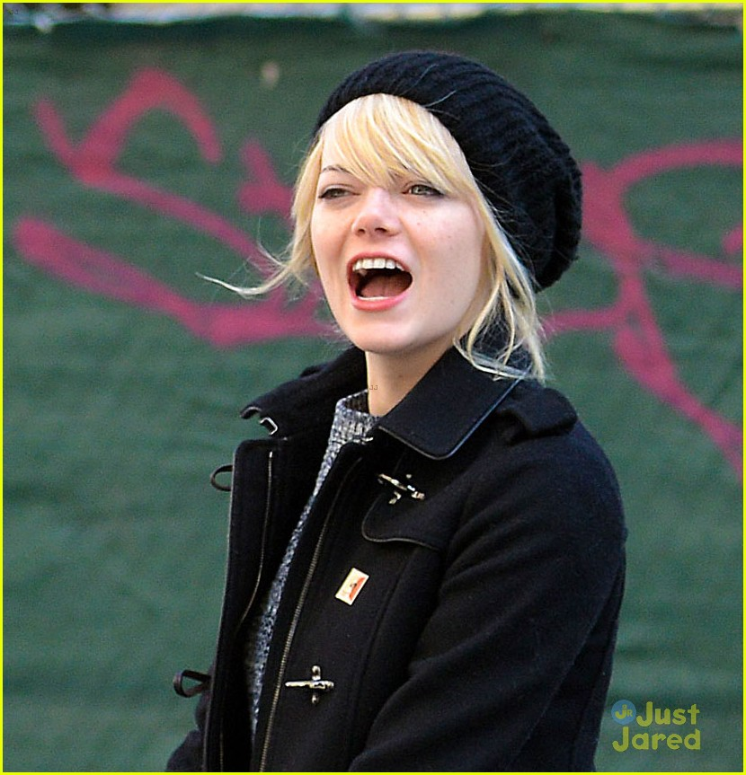 emma stone andrew garfield nyc breakfast date 02