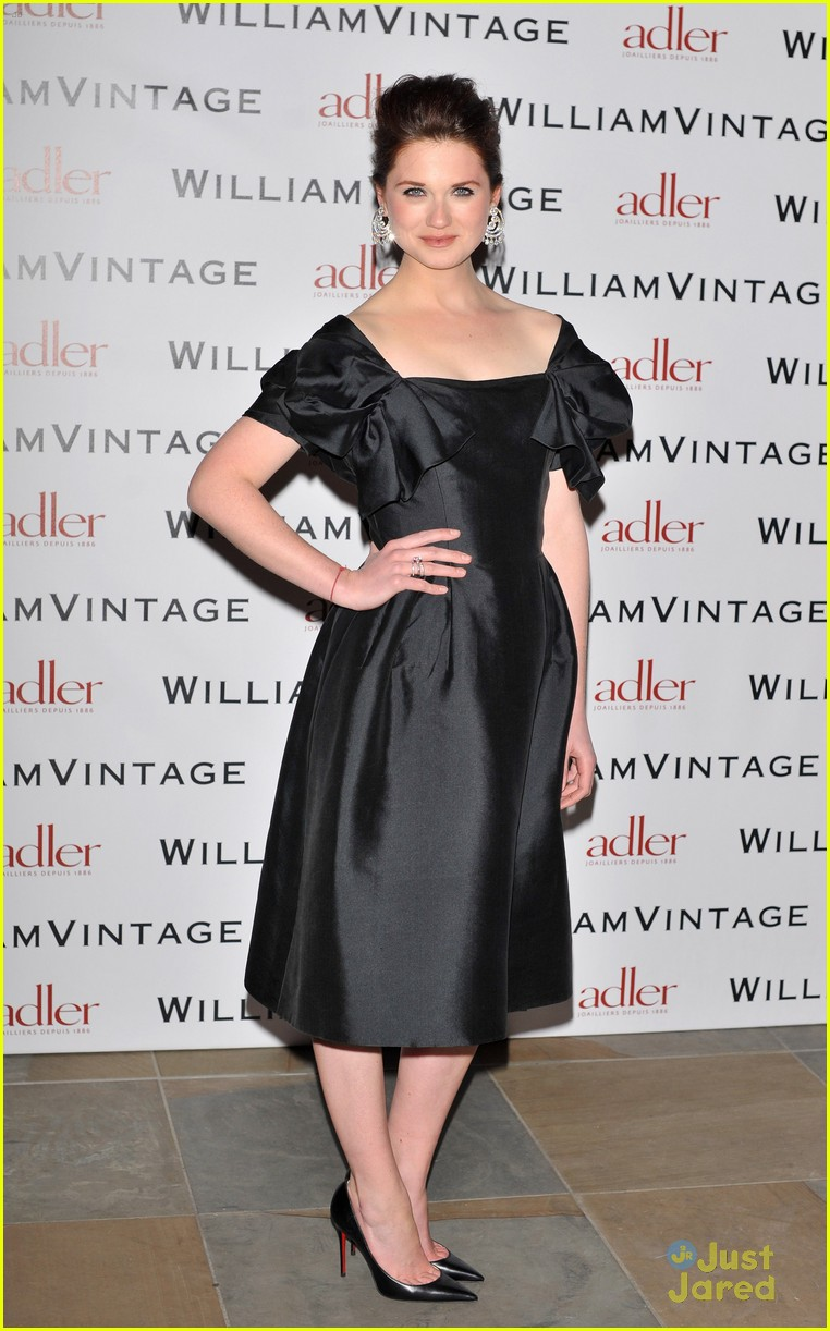 bonnie wright william vintage dinner 03