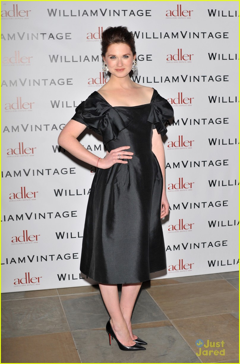 bonnie wright william vintage dinner 05