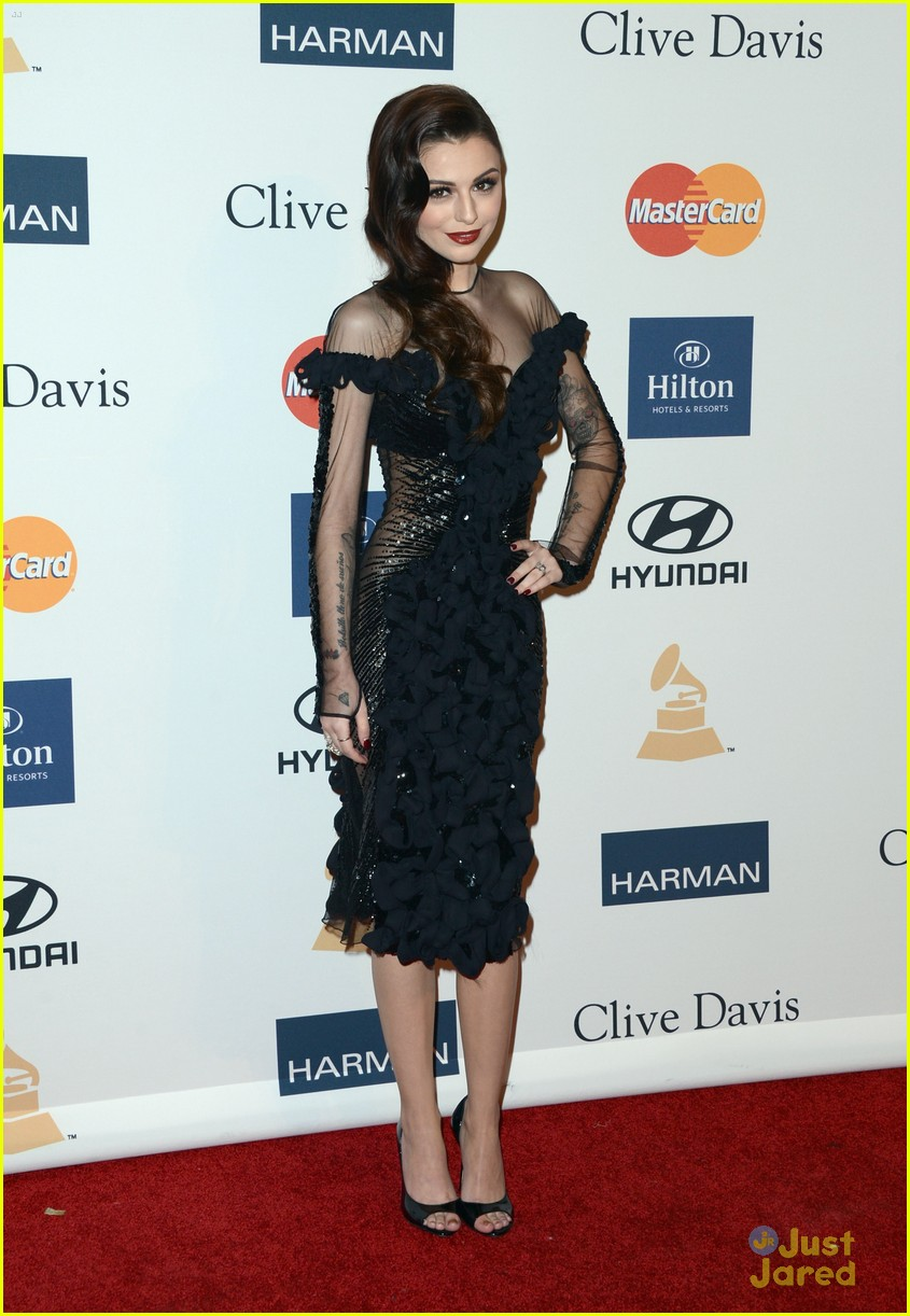 cher lloyd clive davis grammy party 09
