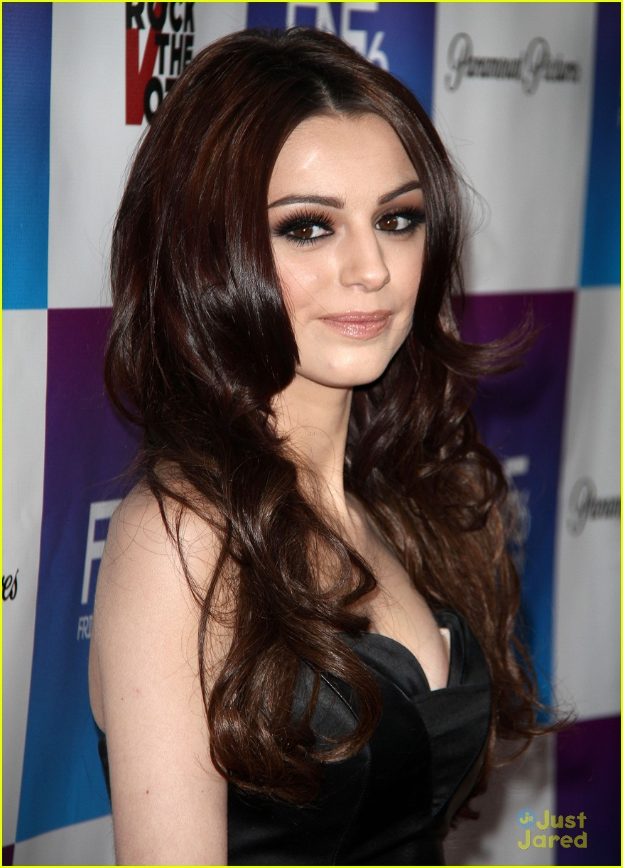 cher lloyd friends family pregrammy event 12
