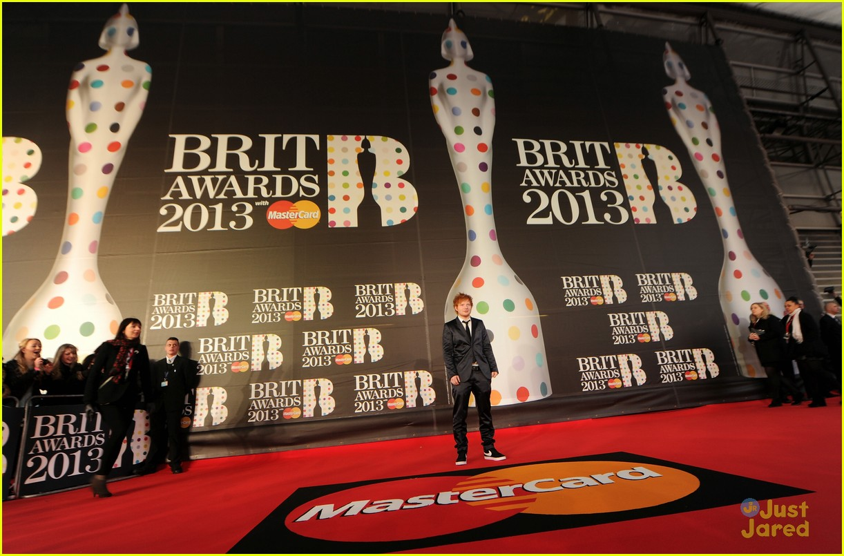 ed sheeran brit awards 03