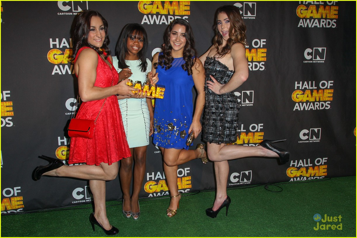 gabby douglas mckayla maroney aly raisman hall game awards 10