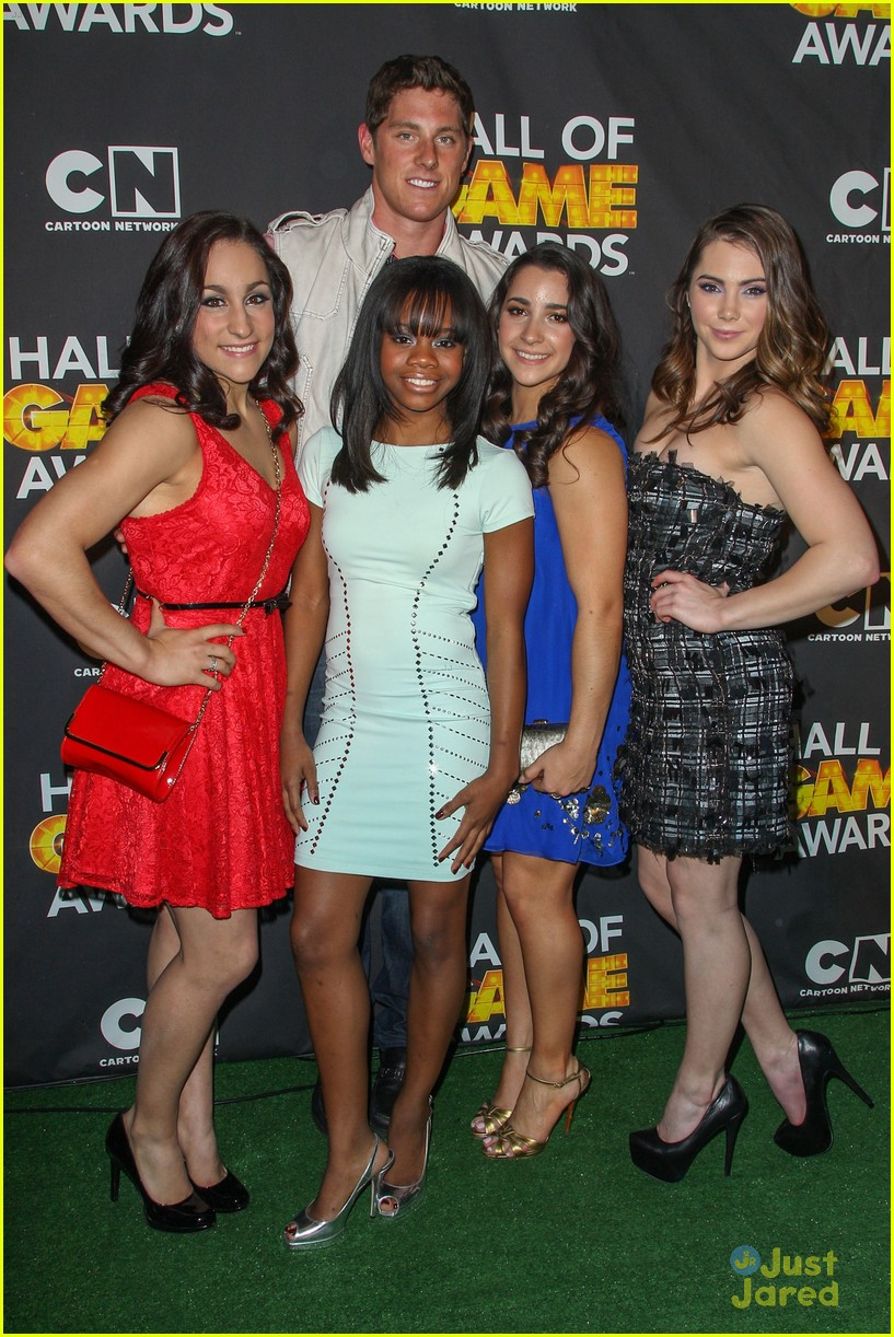 gabby douglas mckayla maroney aly raisman hall game awards 16