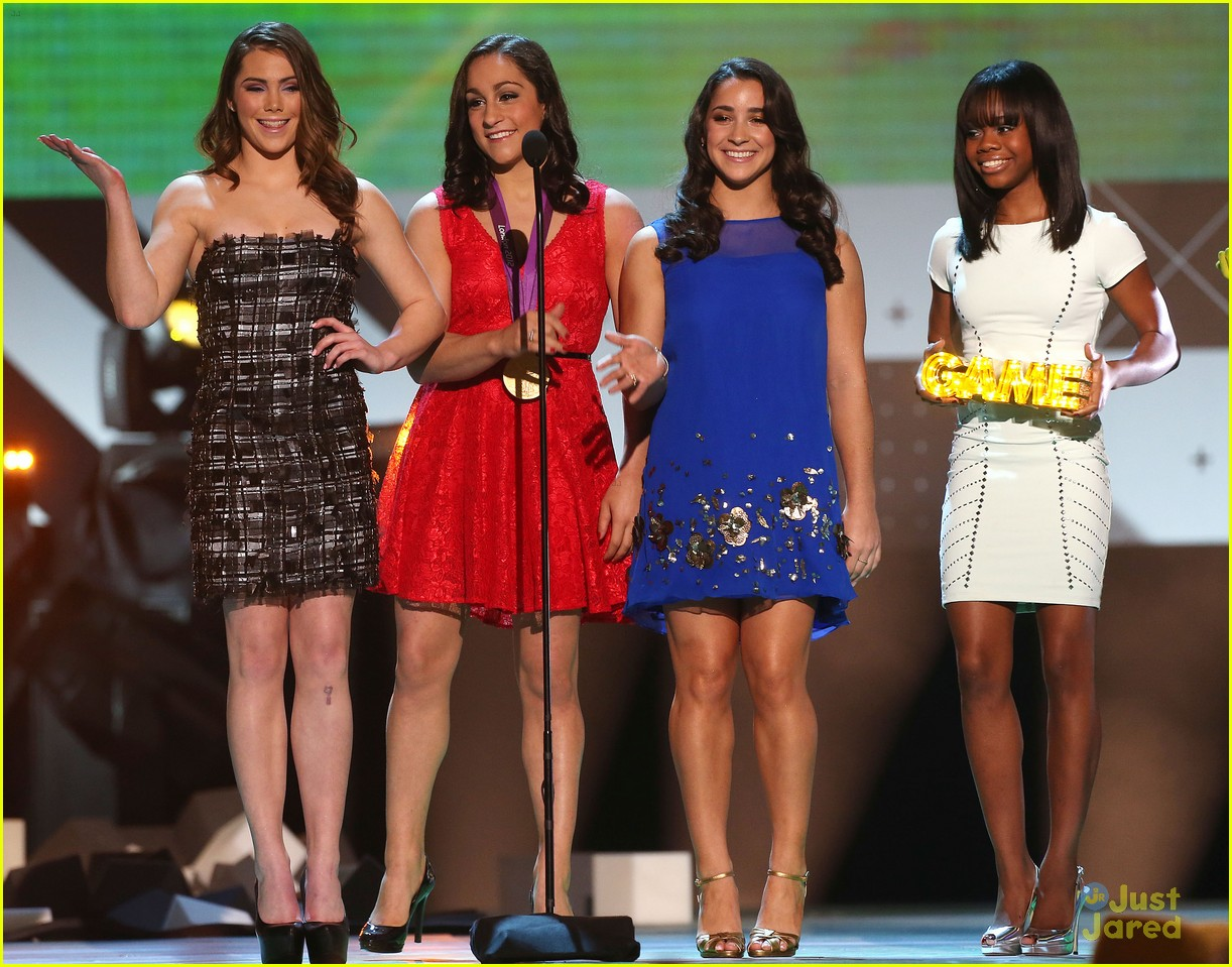 gabby douglas mckayla maroney aly raisman hall game awards 25