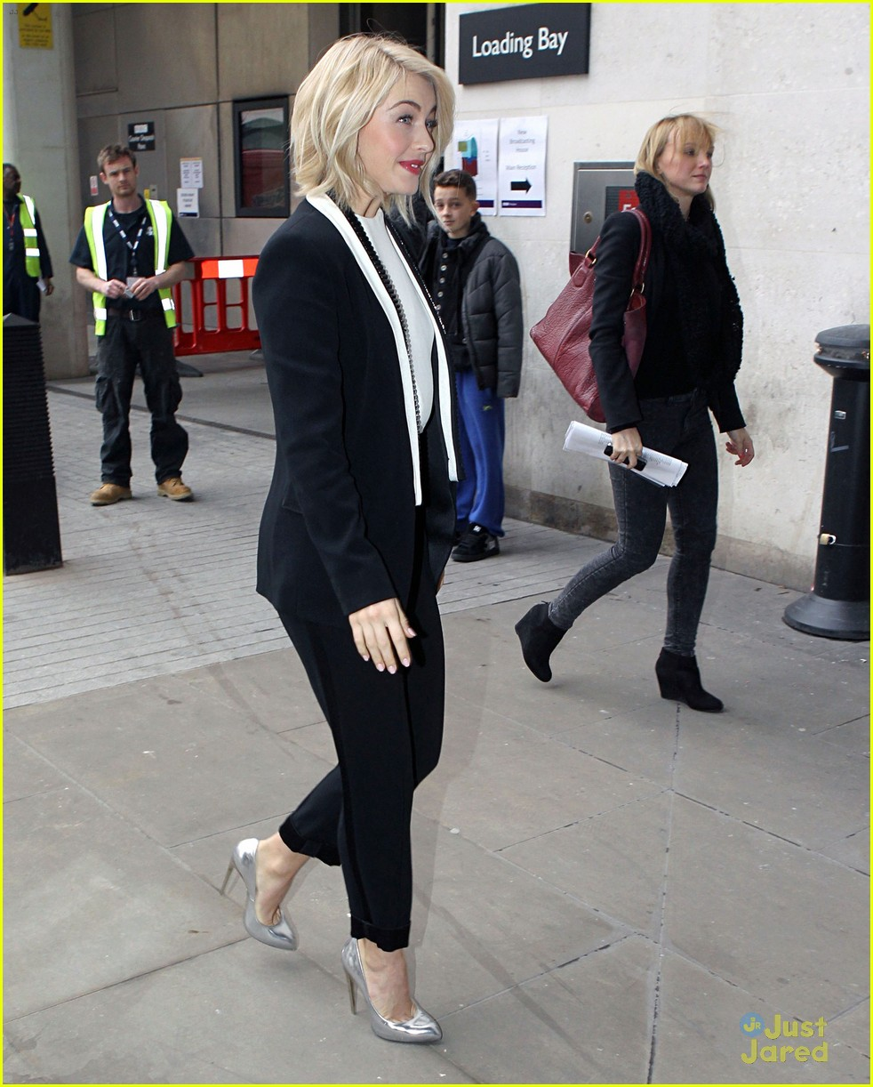 julianne hough safe haven london promo 10