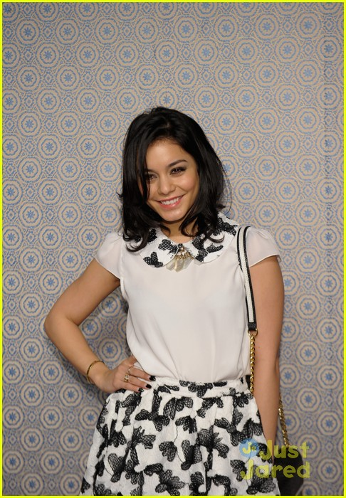 vanessa hudgens alice olivia fashion show 12