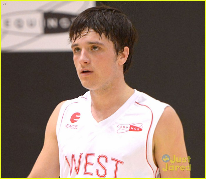 josh hutcherson ciroc celebrity basketball player 04