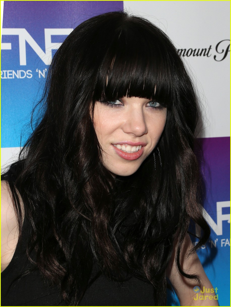 carly rae jepsen friends family pregrammy 11