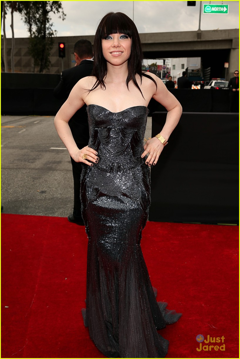 carly rae jepsen grammys 2013 08