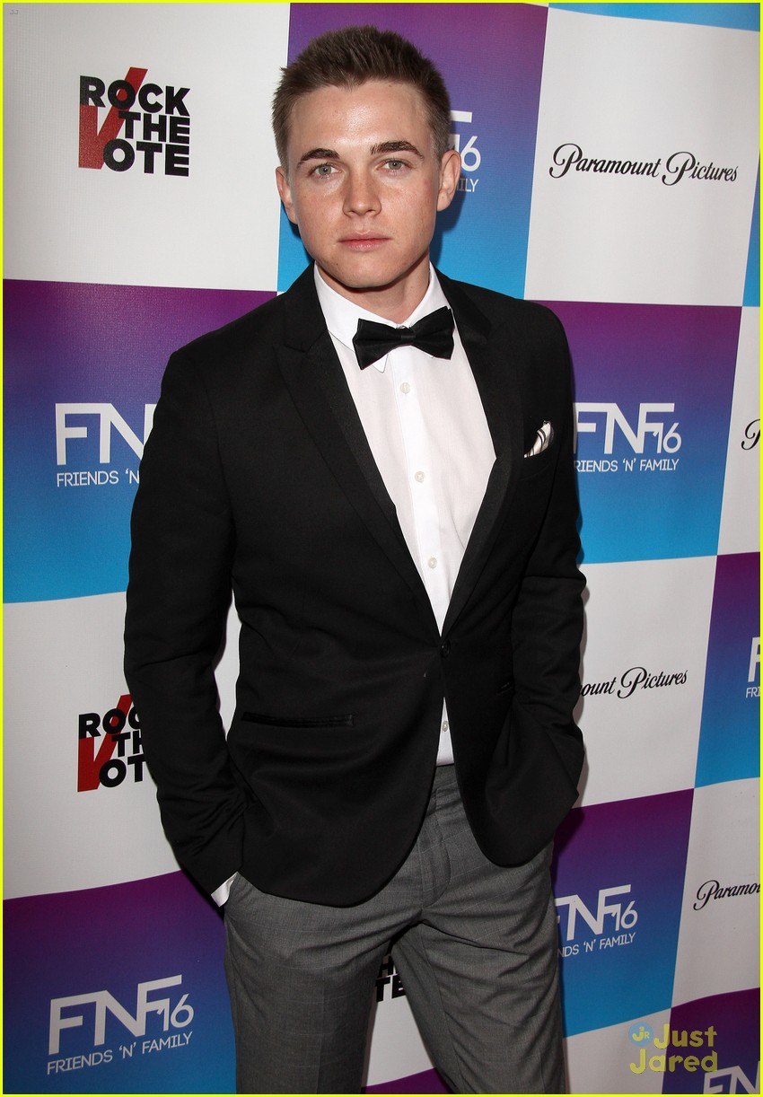 jesse mccartney lucy hale friends grammy 09
