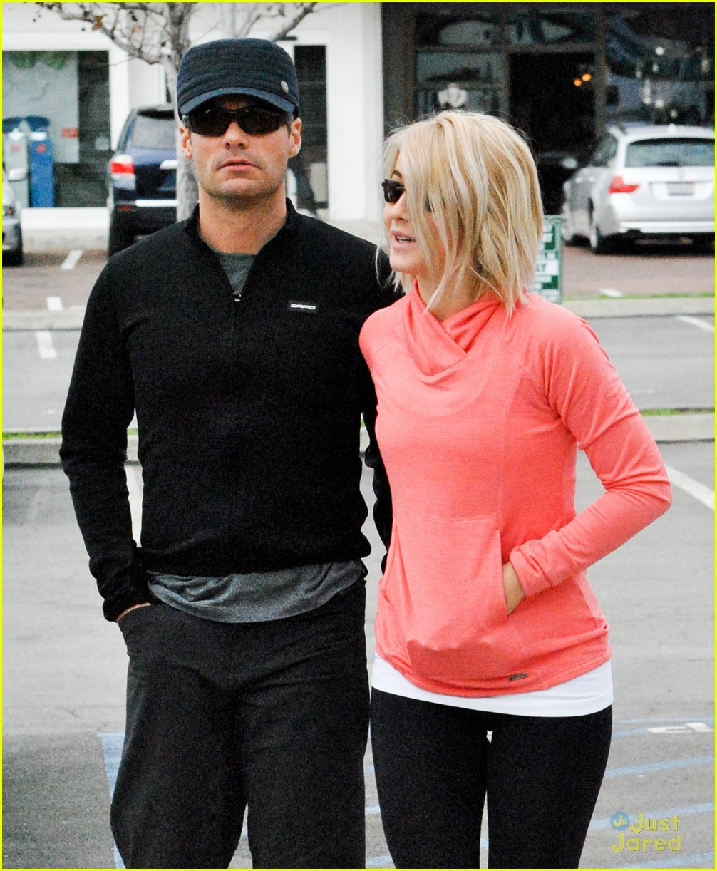 julianne hough coffee run 10