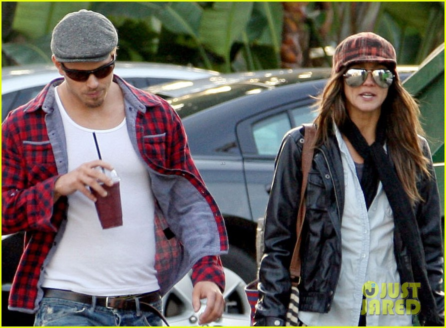 kellan lutz sharni vinson smoothie couple 07