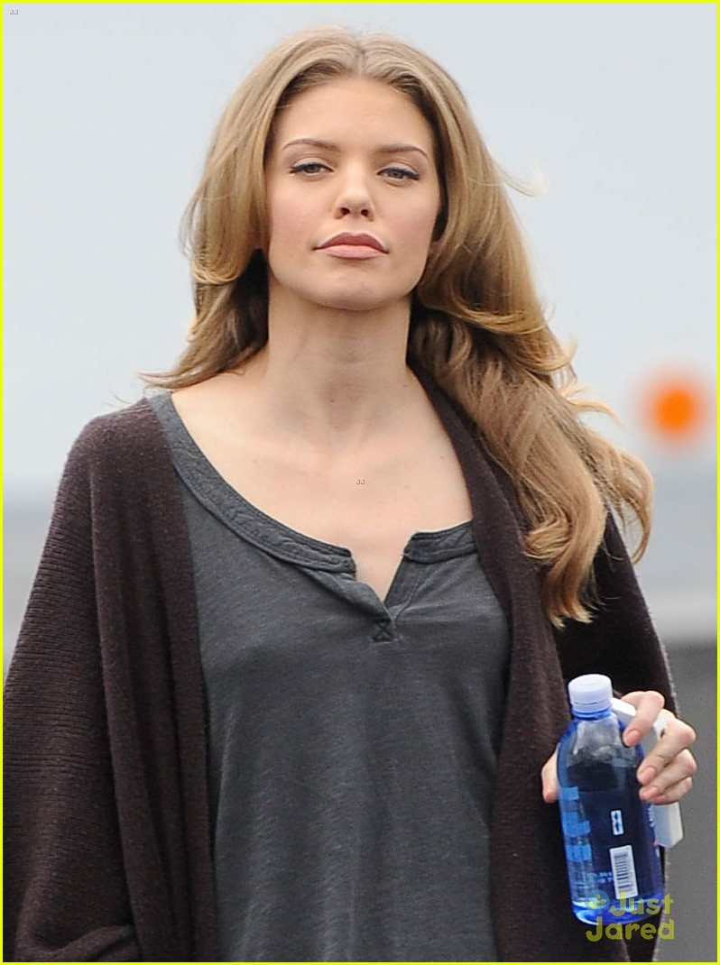 annalynne mccord sorry for the spoilers 02