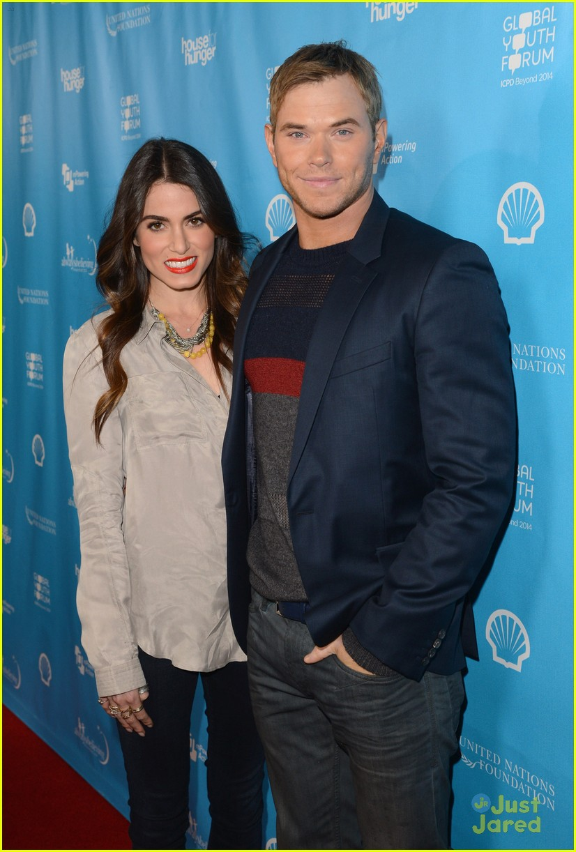 nikki reed kellan lutz mpowering grammy event 16